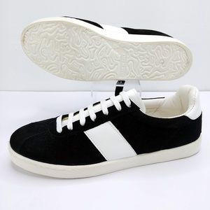 Topshop NWOT Caper Lace Up Suede Sneakers